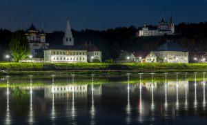 Ночной Гороховец. Вид из-за Клязьмы. Фото Дмитрия Кашканова